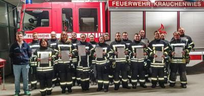 Erfolgreicher Einsatzsanitäter Lehrgang bei der Feuerwehr Krauchenwies